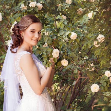 Plener ślubny w ogrodzie botanicznym